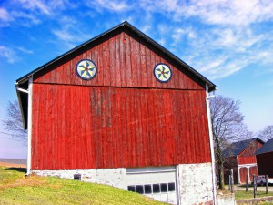 The barn wants painted.